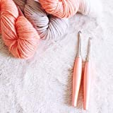 FURLS Odyssey Peach Crochet Hook