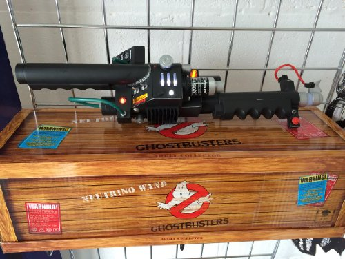 Ghostbusters Mattel Exclusive Prop Replica Neutrino Wand]()
