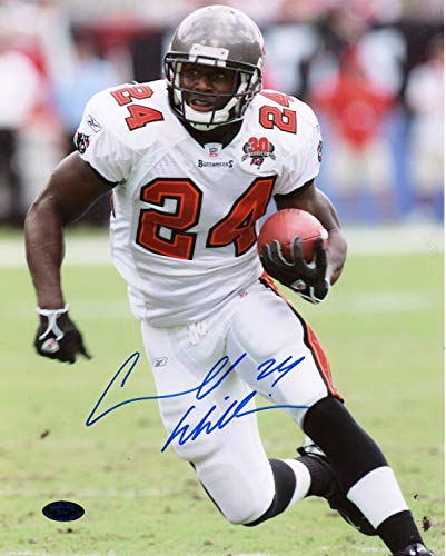 Cadillac Williams Tampa Bay Buccaneers Autographed Signed 8x10 Photo - Certified Authentic ()