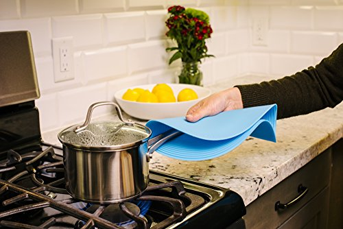 "51N1k NgF8L - Safe Grabs Complete Collection Multi-Purpose Silicone Microwavable Mat, 10"" And 12"""