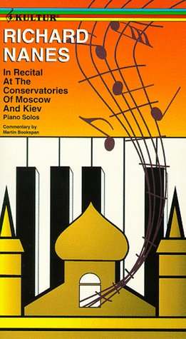Price comparison product image In Recital in Moscow & Kiev [VHS]