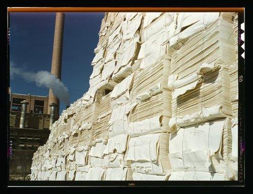Photo: Southland Paper mill,Kraft,chemical pulp,making newsprint,Lufkin,Texas,TX,1943 2
