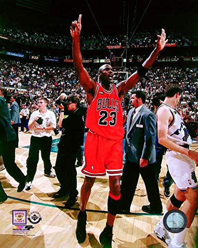 Michael Jordan Chicago Bulls 1998 NBA Finals Photo (Size: 8