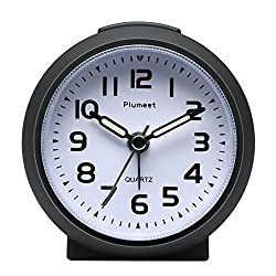 Plumeet Non Ticking Travel Alarm Clock with Snooze and Nightlight, Cute Colour for Kids, Ascending Sound Alarm, Easy to Set, Handheld Sized, Battery Powered (Black)