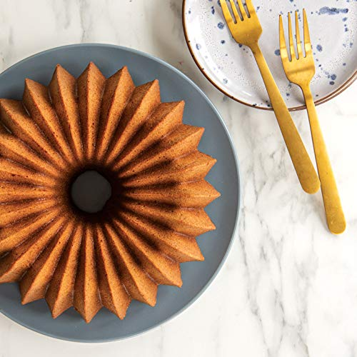 Nordic Ware 85777 Brilliance Bundt product image