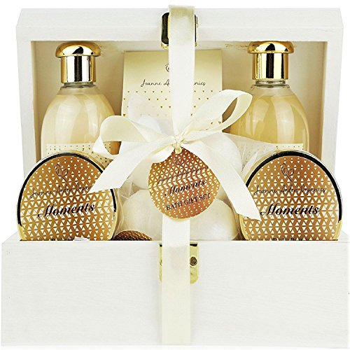 Deluxe Bath Spa Gift Set -Special MOMENTS Organic Bath and Body Spa Treatment for birthday gift, holiday gift etc - Perfect Bath Gift Set for Women - All-Natural Spa Treat Gift Basket