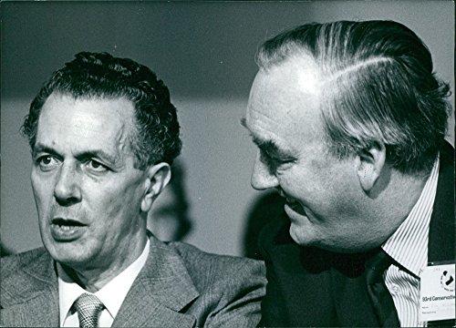 Amp Joseph William (Vintage photo of A photo of Sir Keith Joseph & William Whitelaw - British Politicians - 1977)
