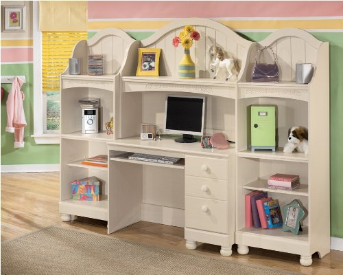 Ashley Furniture Cottage Retreat - Signature Design by Ashley Cottage Retreat Bookcase