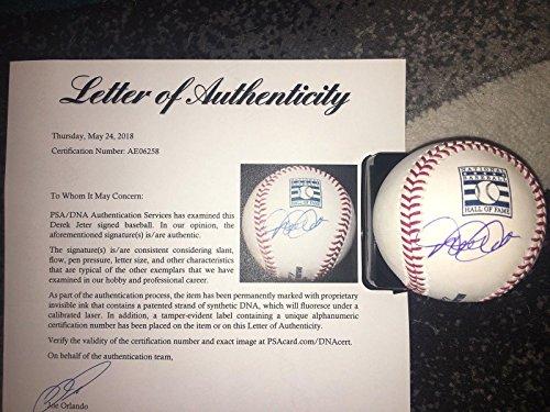Jeter Derek Ball - Autographed Derek Jeter Ball - Official Hall Of Fame The Captain HOF - PSA/DNA Certified - Autographed Baseballs