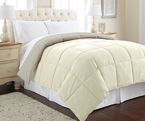 Amrapur Overseas Goose Down Alternative Microfiber Quilted Reversible Comforter / Duvet Insert - Ultra Soft Hypoallergenic Bedding - Medium Warmth for All Seasons - [King, Ivory/Atmosphere] (Comforter Light Yellow)