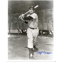 Cliff Mapes (D.1996) Autographed/ Original Signed 8x10 Photo w/ the New York Yankees - He Wore # 3 (Babe Ruth) & # 7 (Mantle) Before Being Retired
