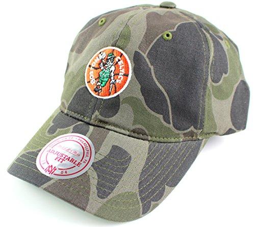 Boston Celtics NBA Hardwood Classics Camo Slouch Strapback Cap (Boston Celtics Classics Flat)