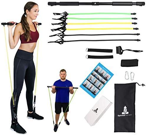 Spirited Namaste – Kit de entrenamiento portátil para pilates/yoga, barra corporal y palo para tonificar el hogar con 3 bandas de resistencia: accesorios, bandas de entrenamiento de suspensión con correa para el pie y banda de gimnasio de pilate 3