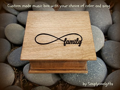Custom engraved wooden music box with an infinity symbol and Family on top, your choice of color and song, great gift for Mother's day