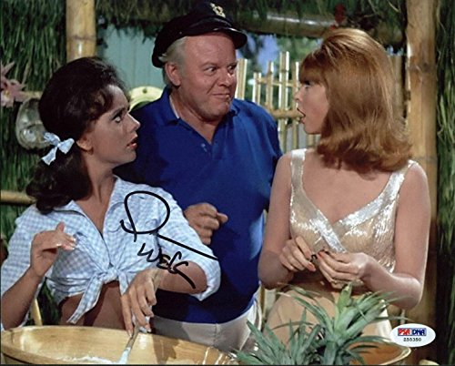 Wells Signed Photo - Dawn Wells Gilligan's Island Signed 8X10 Photo #Z55350 - PSA/DNA Certified