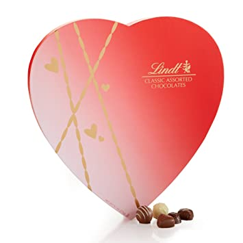 Amazon.com : Lindt Valentine Classic Chocolate Assortment Heart ...