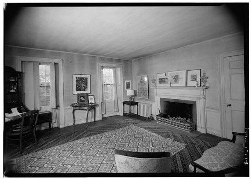Photo: 3. INTERIOR,PARLOR - Garden House,88 Garden Street,Cambridge,Middlesex - Cambridge Frames Ma Street A