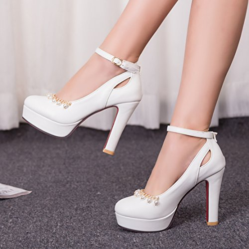 AIYOUMEI Damen Knöchelriemchen Plateau Geschlossen Pumps mit Perlen Dicker High Heel Elegant Modern Schuhe Weiß