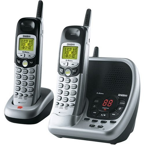 Uniden DXAI5588-2 5.8 GHz Analog Cordless Phone with Dual Handsets (Silver and Black) ()