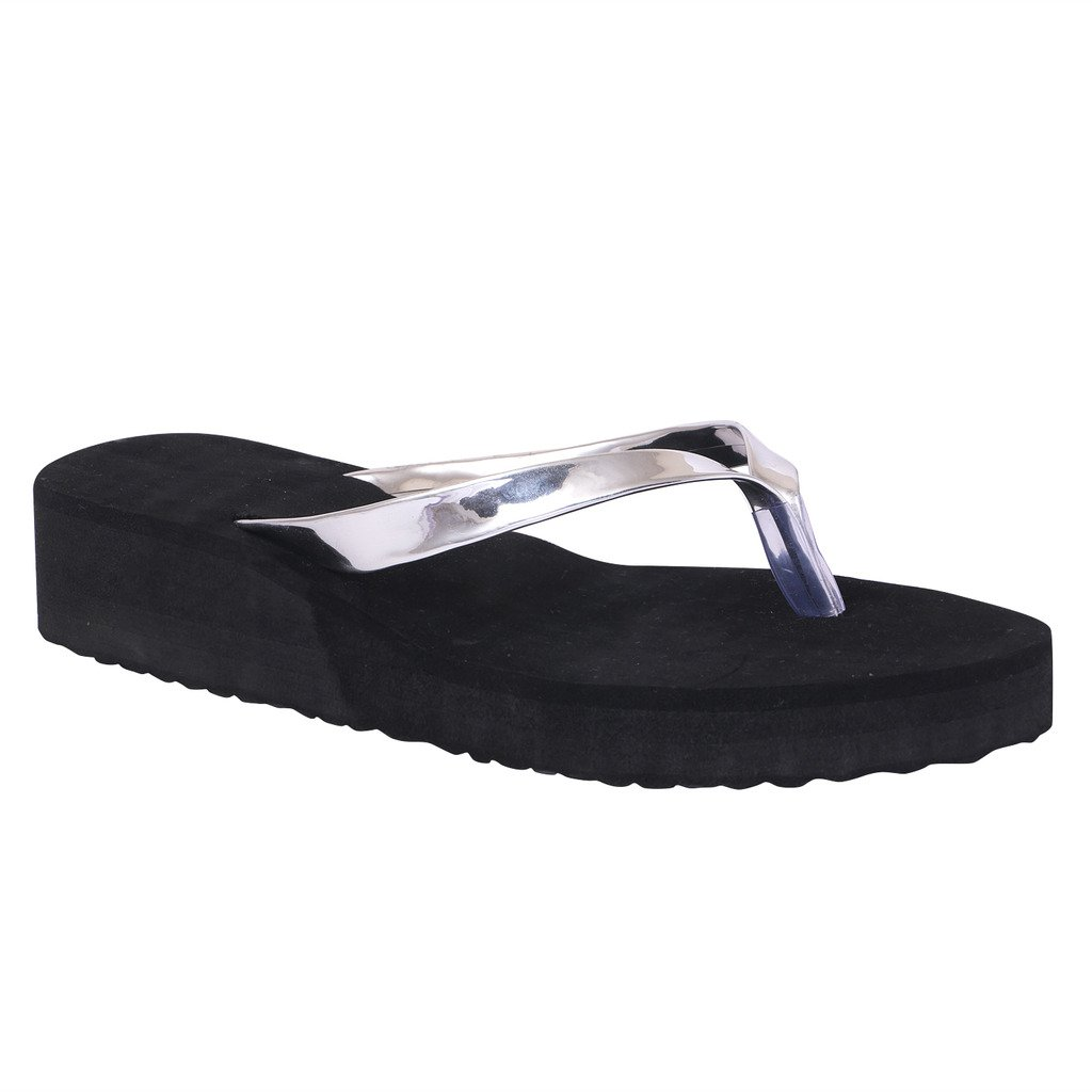 eec100171a0b5a HD Women s Silver Wedges Casual Rubber Flip-Flop Slippers  Buy Online at  Low Prices in India - Amazon.in