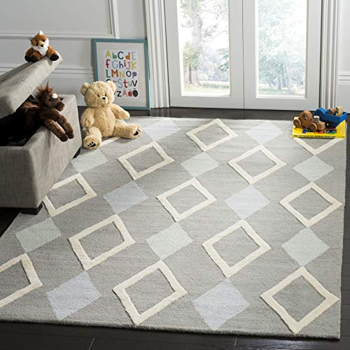 - Safavieh Kids Collection SFK902B Handmade Grey Diamonds Wool Area Rug (5' x 7')