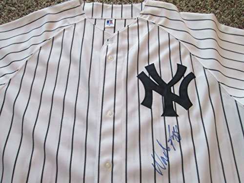 (WADE BOGGS Signed Yankees Pinstripe Baseball Jersey -JSA Authenticated #L34025)