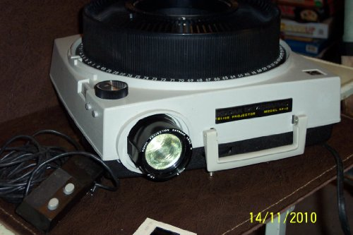 Kodak Ektagraphic AF-2 Auto Focus Slide Projector 35mm