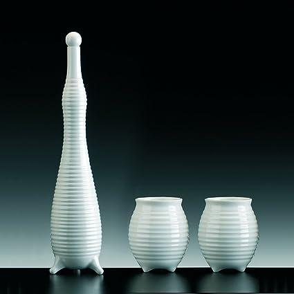 Botella y Vasos la gioia para licor, Porcelana Blanca Esmaltada. Juego de 2 vasos