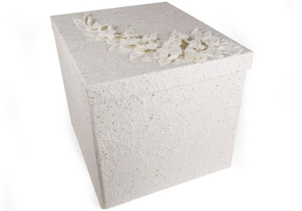 Flaura Extra Large White Handmade Keepsake Box (30cm x 30cm x 30cm) Amazon.co.uk Kitchen u0026 Home  sc 1 st  Amazon UK & Flaura Extra Large White Handmade Keepsake Box (30cm x 30cm x 30cm ...