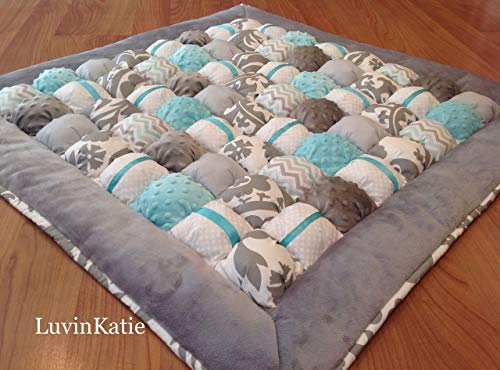Bubble Puff Quilt for Floor Time Tummy Time in Aqua and ()