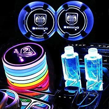 KINBEAR Kabellos LED Getr/änkehalter Auto Untersetzer 7 Farben USB Lade Becherhalter Lumineszenz Tasse Halter LED innenbeleuchtung Auto Atmosph/äre Lampe W/ählen Sie Ihren Autonamen