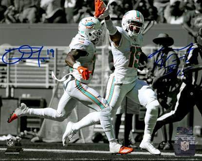 (Jakeem Grant And Albert Wilson Autographed Miami Dolphins (Spotlight High Five) 8x10 Photo)