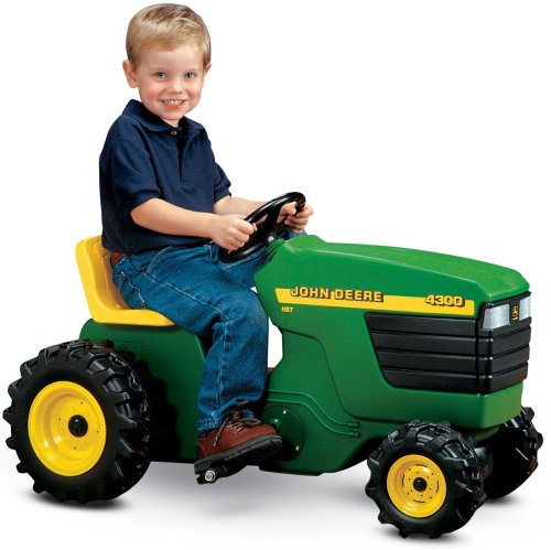 john deere plastic pedal tractor amazonca toys games