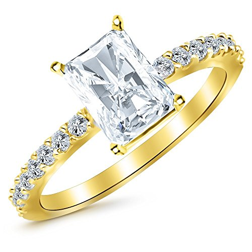 0.55 Cttw 14K Yellow Gold Radiant Cut Classic Side Stone Pave Set Diamond Engagement Ring with a 0.25 Carat H-I Color SI1-SI2 Clarity (0.25 Ct Center Stone)