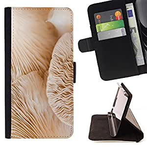 GIFT CHOICE / Billetera de cuero Estuche protector Cáscara Funda Caja de la carpeta Cubierta Caso / Wallet Case for Apple Iphone 5C // Under The Mushroom Macro //