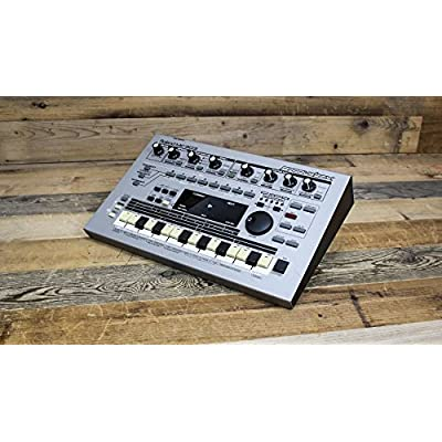 roland-mc-303-sequencer-dance-music