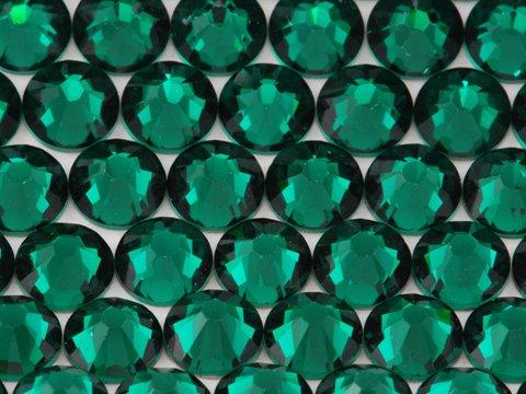 NEW ThreadNanny CZECH Quality 10gross (1440pcs) HotFix Rhinestones Crystals - 5mm/20ss, Emerald Dark GREEN Color