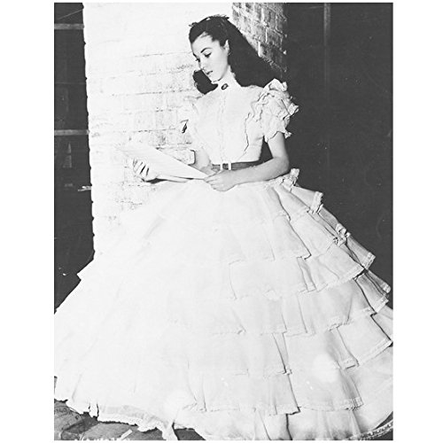 Gone With the Wind 8 inch x 10 inch PHOTOGRAPH Scarlett in Gown Reading Letter Black and White Full