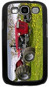 Rikki KnightTM Red Farm Tractor on Yellow Field - Black Hard Rubber TPU Case Cover for Samsung? Galaxy i9300 Galaxy S3