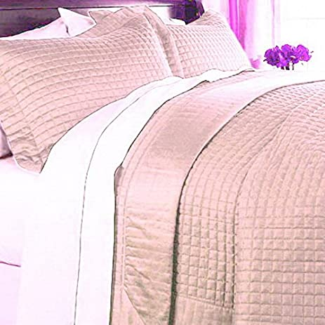 Amazon.com: Modern 400tc Egyptian Cotton Solid Pink Bedding Quilt ... : twin xl quilts coverlets - Adamdwight.com