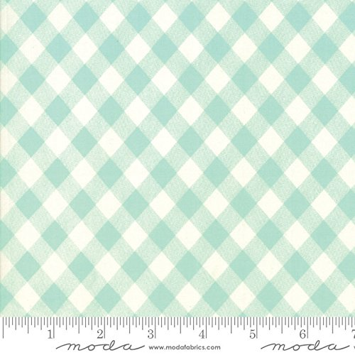 United Notions & Moda Fabrics Basics by Bonnie and Camille Quilt Fabric Aqua Picnic Check Style 55124/35