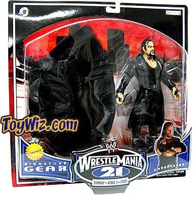 (WWE Jakks Pacific Wrestlemania XXI 21 Exclusive Signature Gear Undertaker Action Figure with Black Hat )