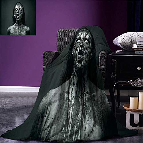 SINOVALZombie Decor Digital Printing Fashion Blanket Unusual Scream Monster Woman with Empty Eyes Looking Up Horror Picture Summer Quilt Comforter Black and White