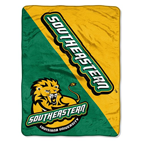 The Northwest Company Officially Licensed NCAA Southeastern Louisiana Lions Halftone Micro Raschel Throw Blanket, 46
