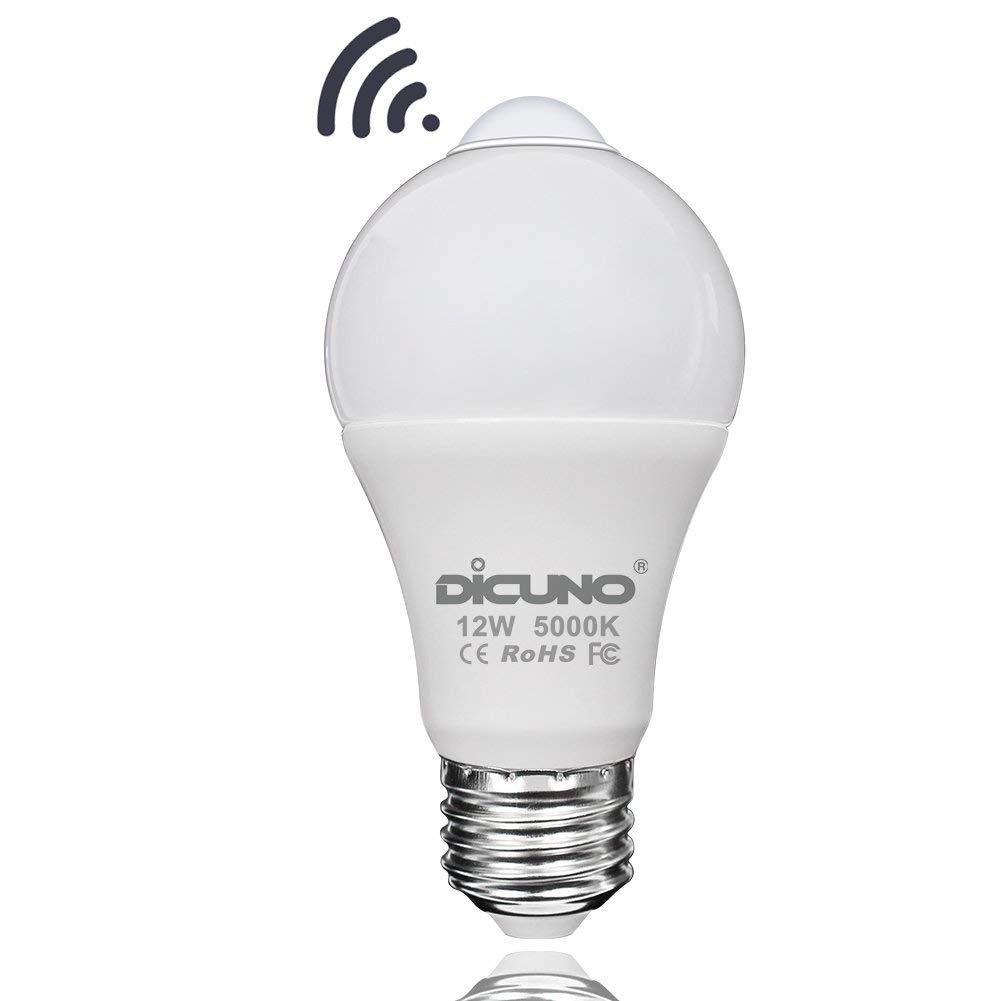 dicuno PIRモーションセンサーLED電球, e26 12 W 3000 KウォームホワイトスマートナイトライトLED、赤外線検出器のLED、80 W相当廊下ガレージ地下室階段、1パック ホワイト US AP-IFR-E26-12W-DW B07BSXS67W  Daylight White 5000k