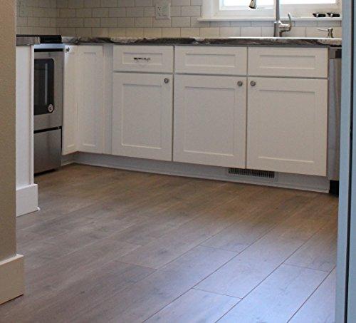 Turtle Bay Floors Wide-Plank European Oak Laminate Flooring - Choose From 2 Colors (500 Square Feet, Powderhorn)