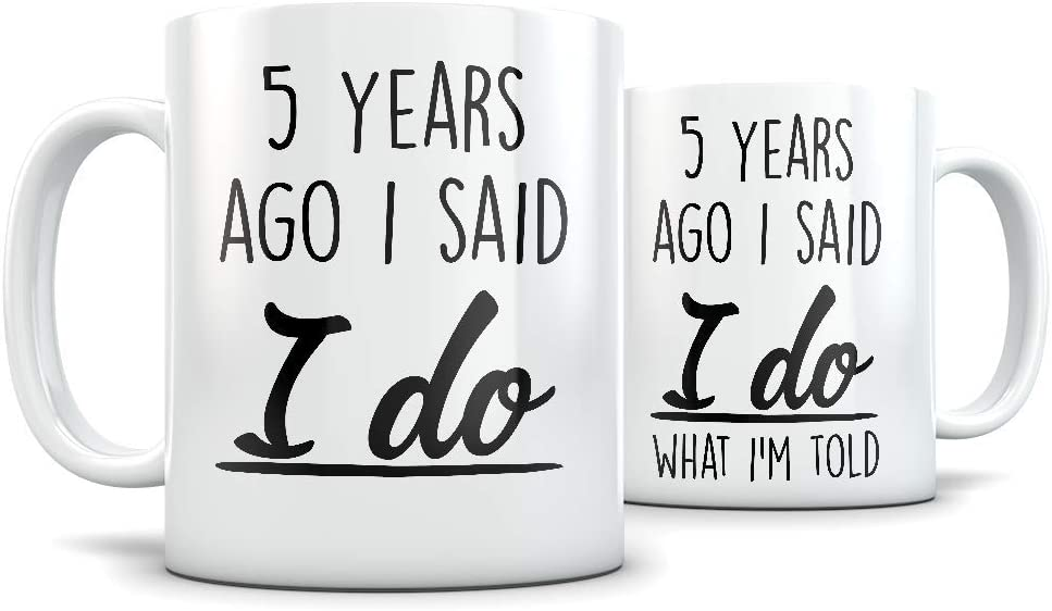 Amazon Com 5th Anniversary Gift For Couple Funny 5 Year Wedding Anniversary For Men And Women Him And Hers Marriage Coffee Mug Set I Love You For Parents Or Friends Kitchen