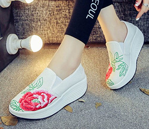 AvaCostume Womens Peony Embroidery Slip on Walking Platform Shoes White EXPy1Sj