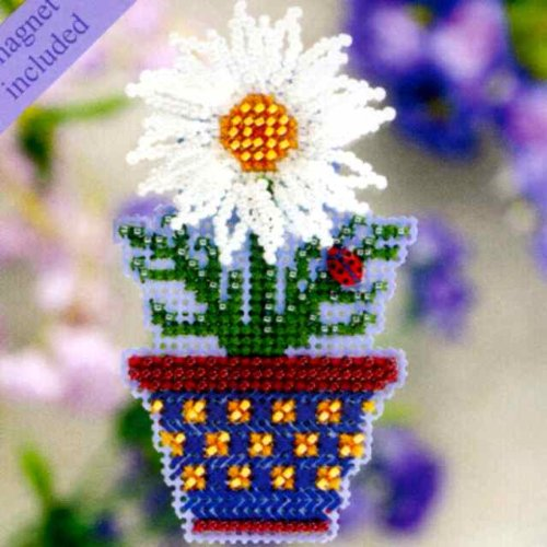 White Daisy Fridge Magnet Cross Stitch Kit