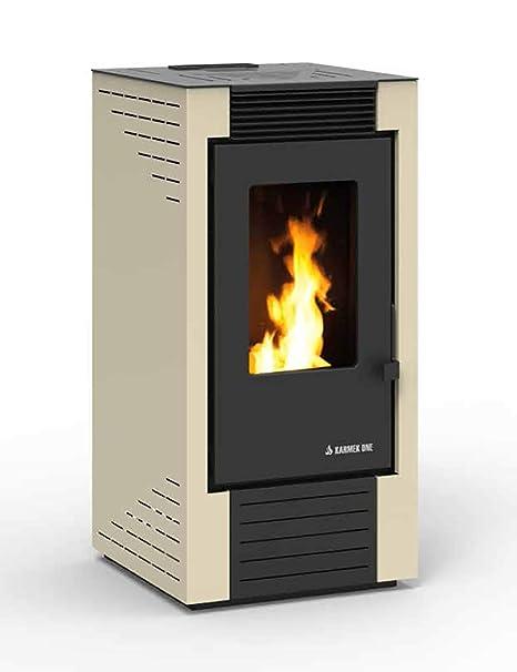 estufa de pellets karmek One lisboa de 8,21 KW de aire ventilada de acero